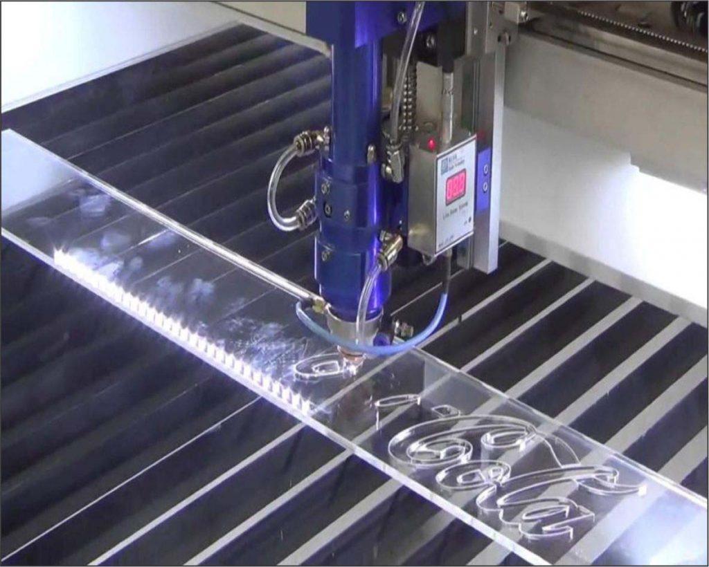 khac-laser-tren-mica
