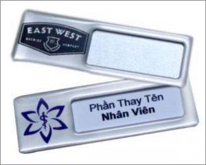 the-ten-nhan-vien-thay-ten